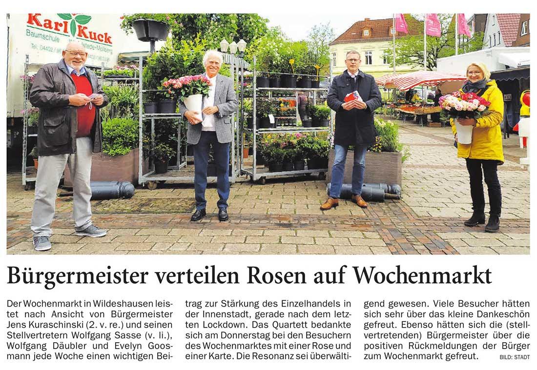 Bürgermeister verteilen Rosen auf WochenmarktDer Wochenmarkt in Wildeshausen leistet nach Ansicht...Artikel vom 28.05.2021 (NWZ)